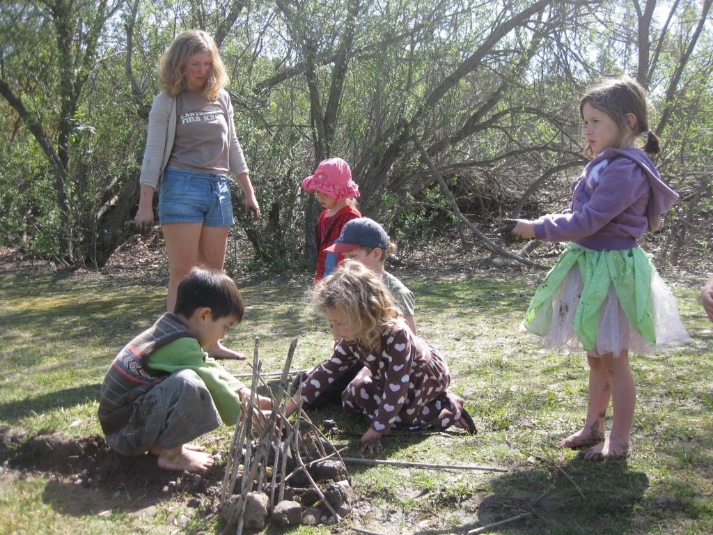 Building small structures during Forest Kindergarten.